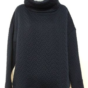 Gap Fit Quilted oversized long sleeve navy large